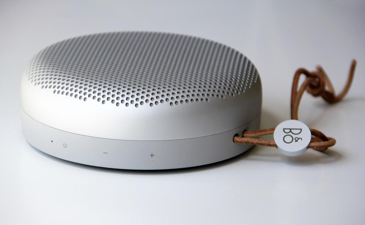 large_beoplay-a1-small-portable-speaker-review.jpg